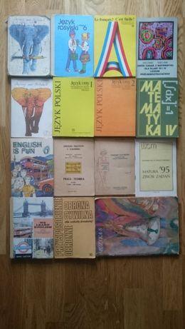 Stare książki szkolne. Lata 80-90.