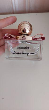 Флакон від оригінальних парфумів SIGNORINA