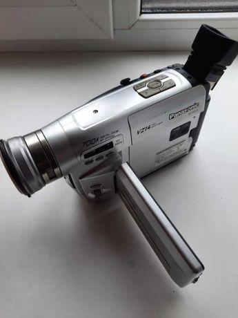 Практически новая видеокамера Panasonic NV-VZ14