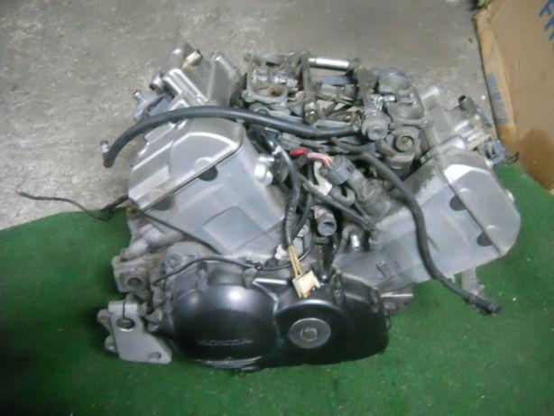 Silnik Kompletny HONDA VFR 800 VTEC 02-11r