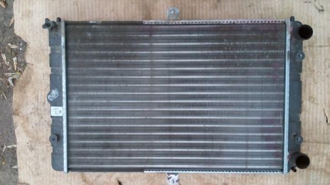Радиатор охлаждения ВАЗ 21099,2113,2114,2115