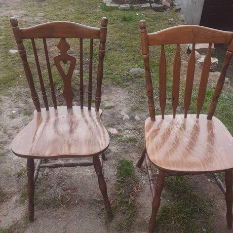 Krzesla  drewniane