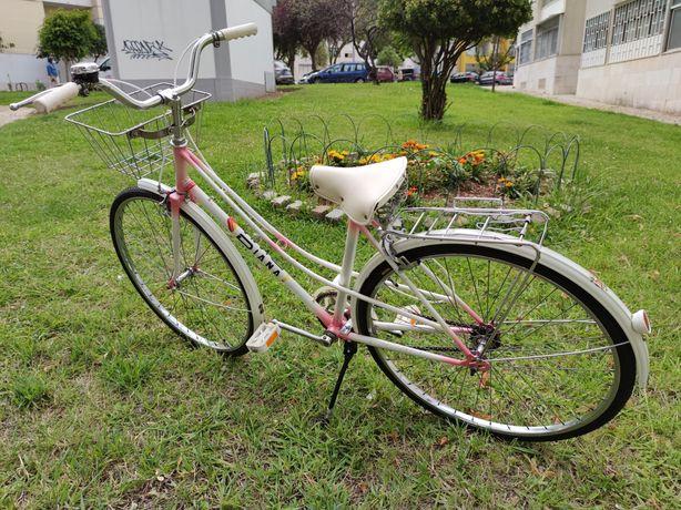 V/ Bicicleta Clássica Pasteleira vintage marca Diana