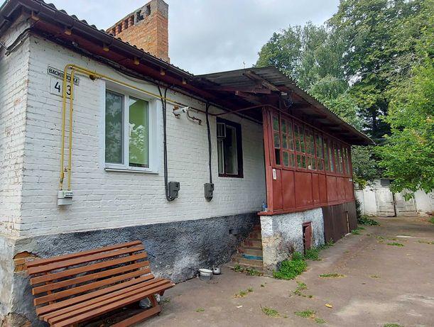 Часть дома в районе рынка в г .Нежин
