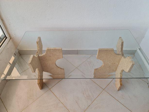 Duas mesas de centro/apoio