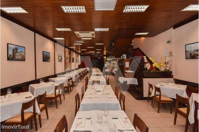 Trespasse de Icónico restaurante na baixa do Porto