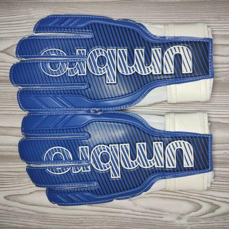 Вратарские перчатки юниор Umbro