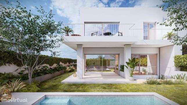 V3+1 Villa with fantastic view, near Penha Longa