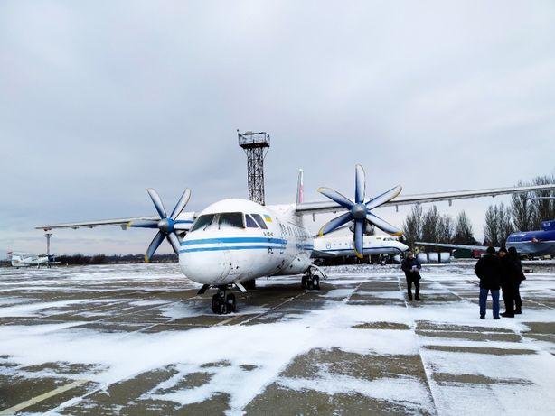 продаж літак АН 140 - 100