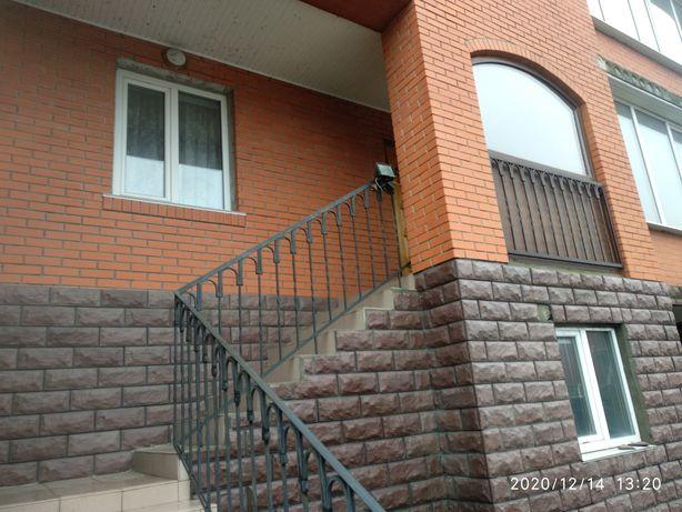 Продам будинок з хорошим ремонтом
