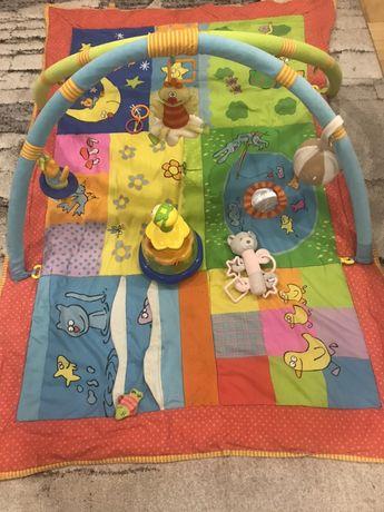 Mata edukacyjna gigant Taf toys z pałąkami plus gratis