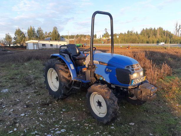 Trator LS R50 4x4 50cv
