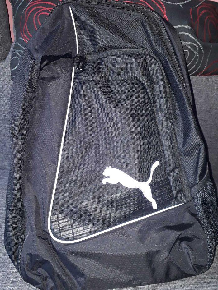 Plecak czarny oryginalny Puma Kielce - image 1