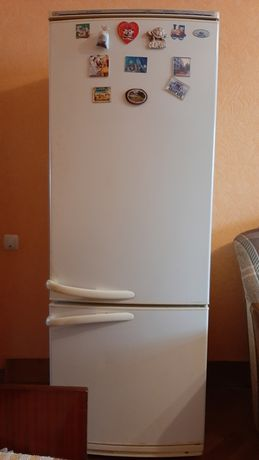 Продам холодильник Атлант