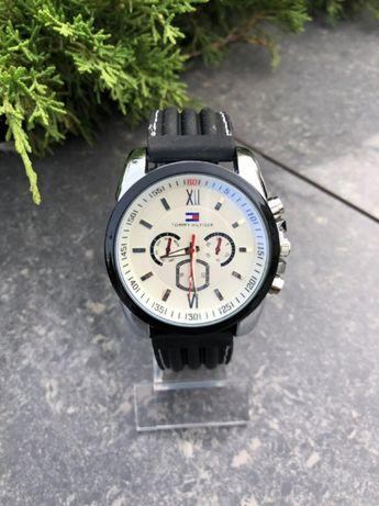 Часы ,Годинник Tommy hilfiger Black / White