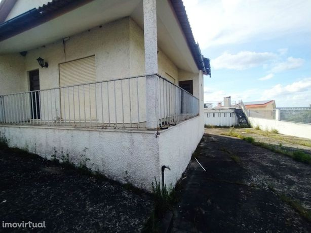 Moradia Isolada T3 Venda em Abrunheira, Verride e Vila Nova da Barca,M