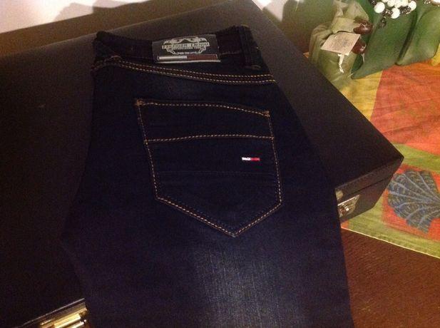 Spodnie damskie Tommy Hilflger nowe XS