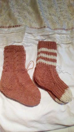 Skarpety wełniane na drutach