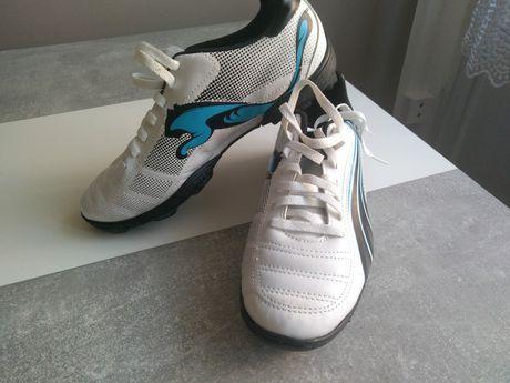 Buty piłkarskie korki, lanki Puma