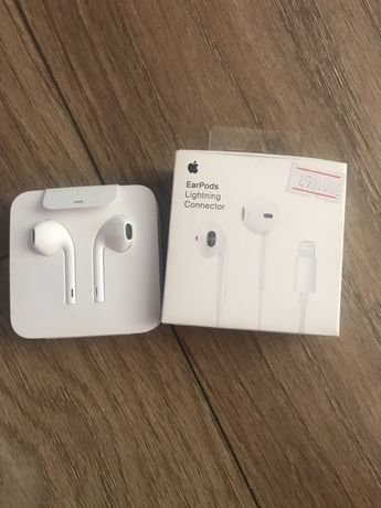 Наушники Apple EarPods. Оригинальные наушники Apple EarPods with Mic д