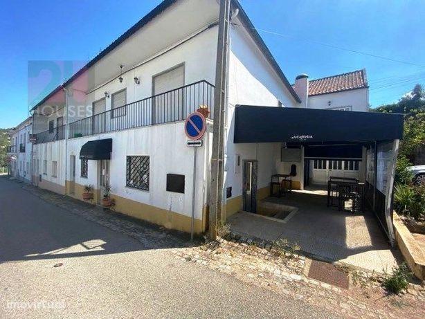 Café/Restaurante e Habitação T2 + 1 - LJ2564/20