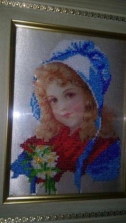 Вышивка. Картина вышитая бисером в рамке.