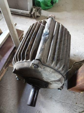 Электрический двигатель 7.5 квт 1500 об.