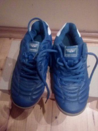 Halówki, 33, niebieskie, buty na piłkę i nie tylko