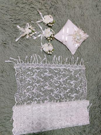 Весільні аксесуари (хустинка, бутоньєрки, подушечка під обручки)