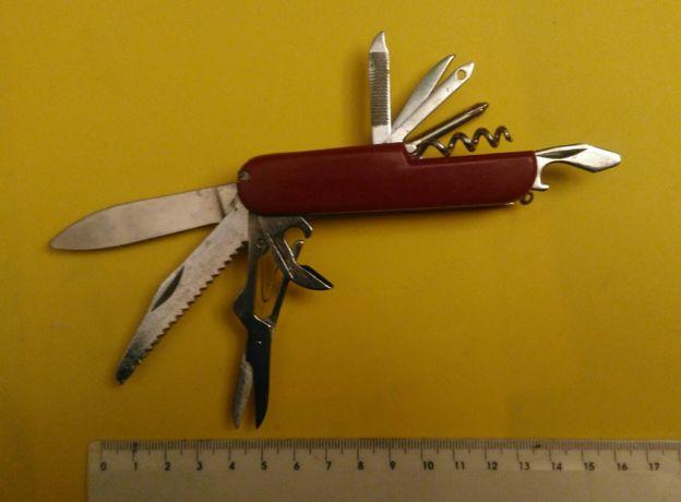Canivete tipo Suisso