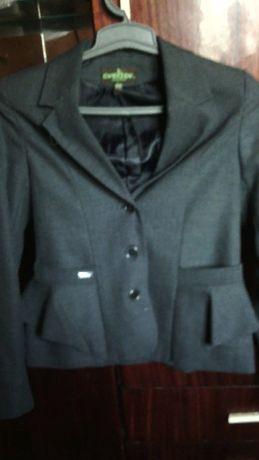 продам пиджак темно серого цвета