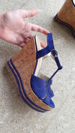 Sandalia azul  nova