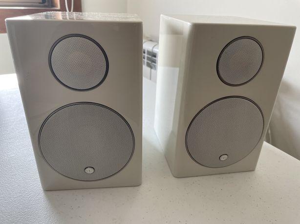 Colunas Monitor Audio 90