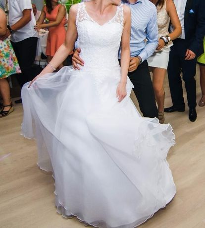 Suknia ślubna 36 jak nowa, biała koronka i organza, buty białe gratis!