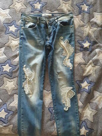 Продам джинсы женские