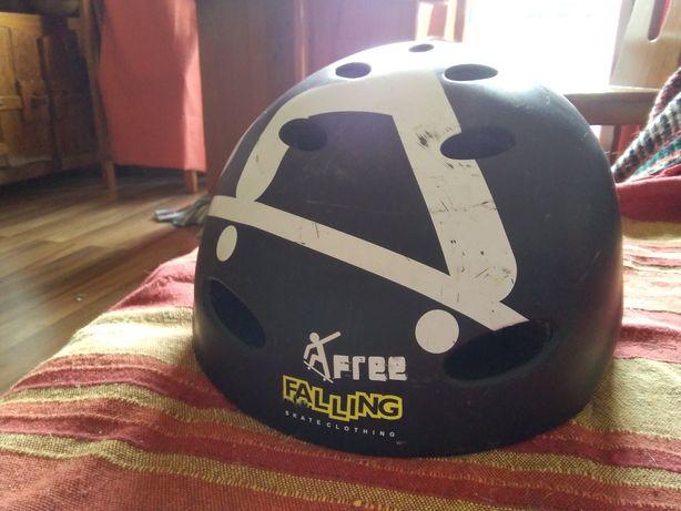 Capacete Skate Helmet Free Falling TAM. M/L