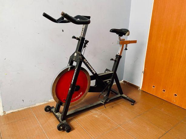 Rower spiningowy - Schwinn
