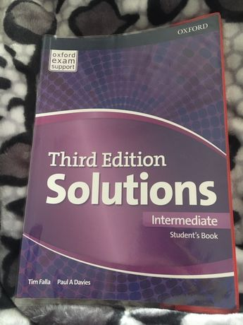 Книжка з англійської Third Edition Solutions Intermediate
