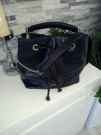 Czarna torebka na ramię Kazar Shauline śliczna jak nowa