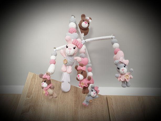 karuzela z pozytywką ręcznie i solidnie wykonana króliczki róż,szary..