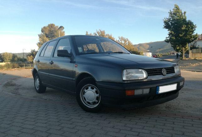 CARRO Volkswagen A 3 Golf **ÚLTIMO PREÇO**