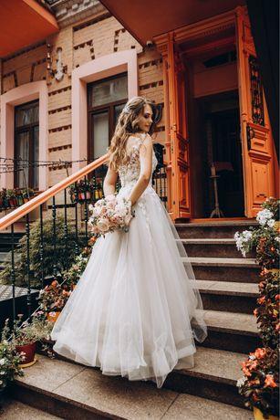 Свадебное платье б/у состояние отличное