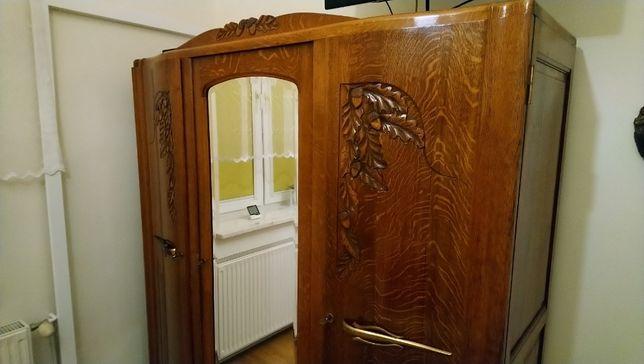 Piękna stara szafa trzydrzwiową dębowa UNIKAT .