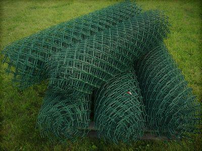 Siatka 200 cm. 2 m. powlekana zielona oczko 55x55