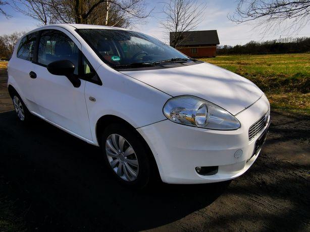 Fiat Grande Punto 2009 Klima 1.2 Do poprawek lakierniczych