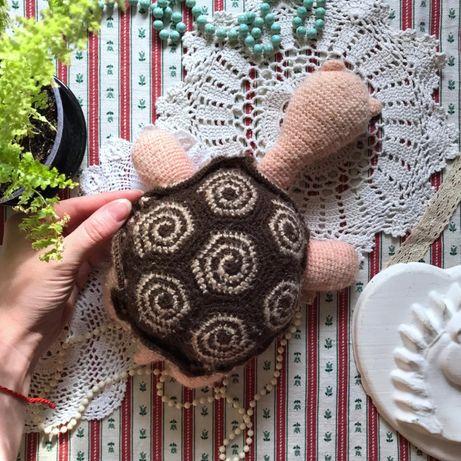 Вязаная черепаха ручная работа handmade