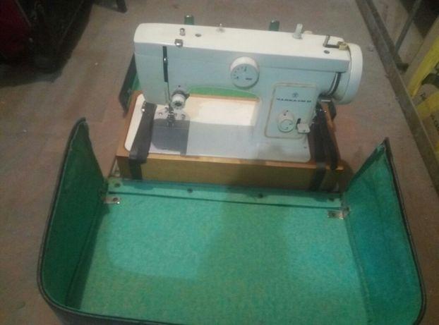 ремонт настройка швейных машин оверлоков.