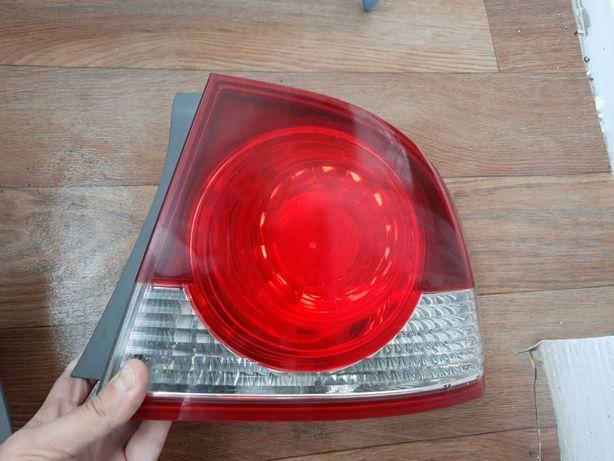 Продам фонарь Honda Civic 4D оригинал