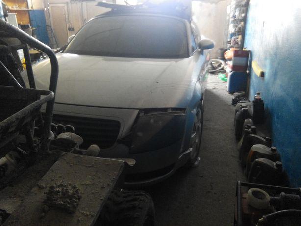 Audi TT 8N кабриолет