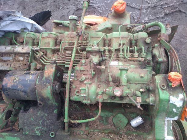 głowica turbina i pompa wtryskowa, uszkodzony silnik kombajnu JD 1085